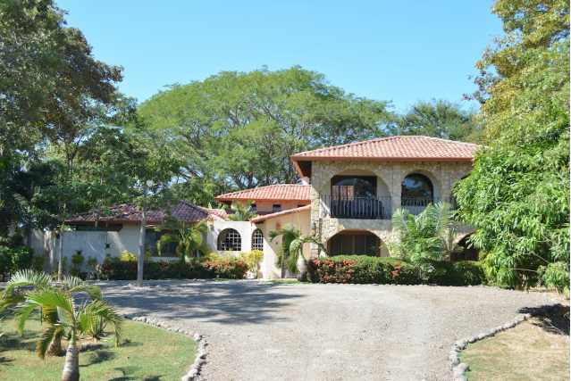 Front Facade Tierra Pacifica lot #8 Home